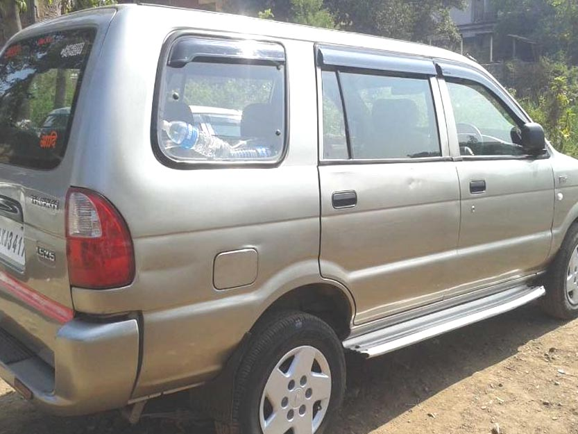 Used tavera car in karad - Used Car In India