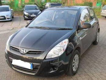 Used Hyundai i20 black color in dewas