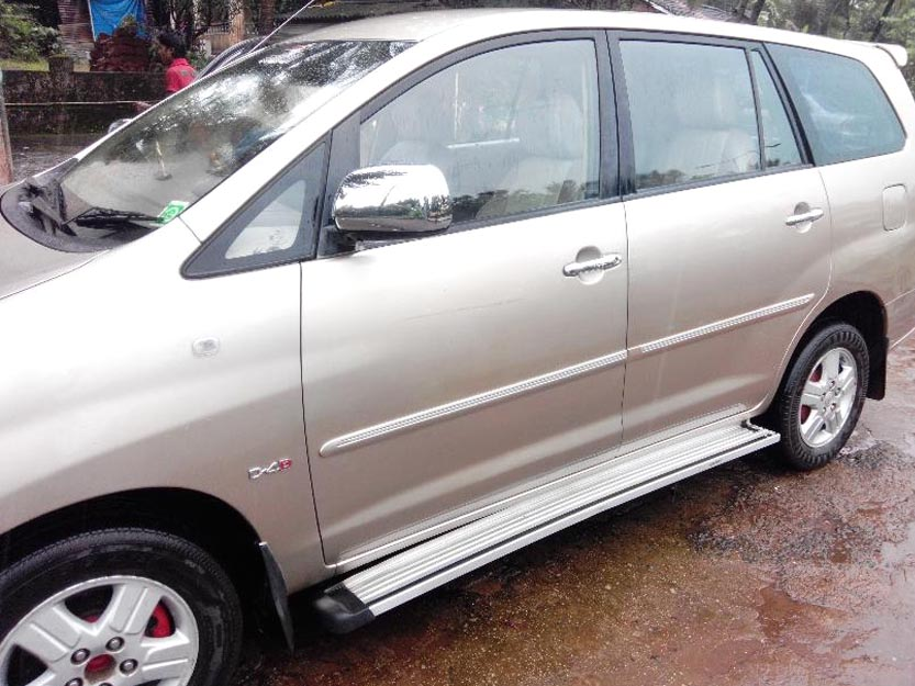 Used Toyota Innova V model in Madgaon