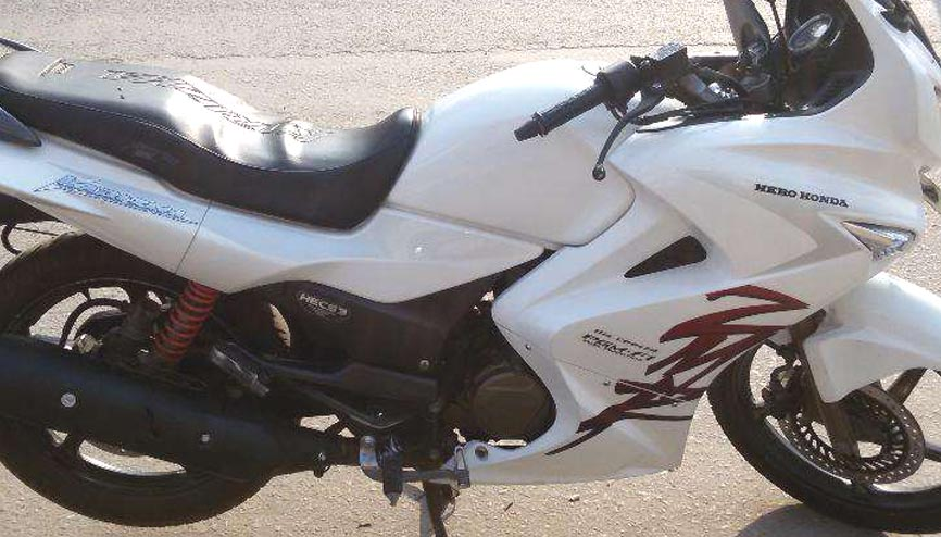 New Condition Karizma Zmr Bike In Delhi Used Car In India