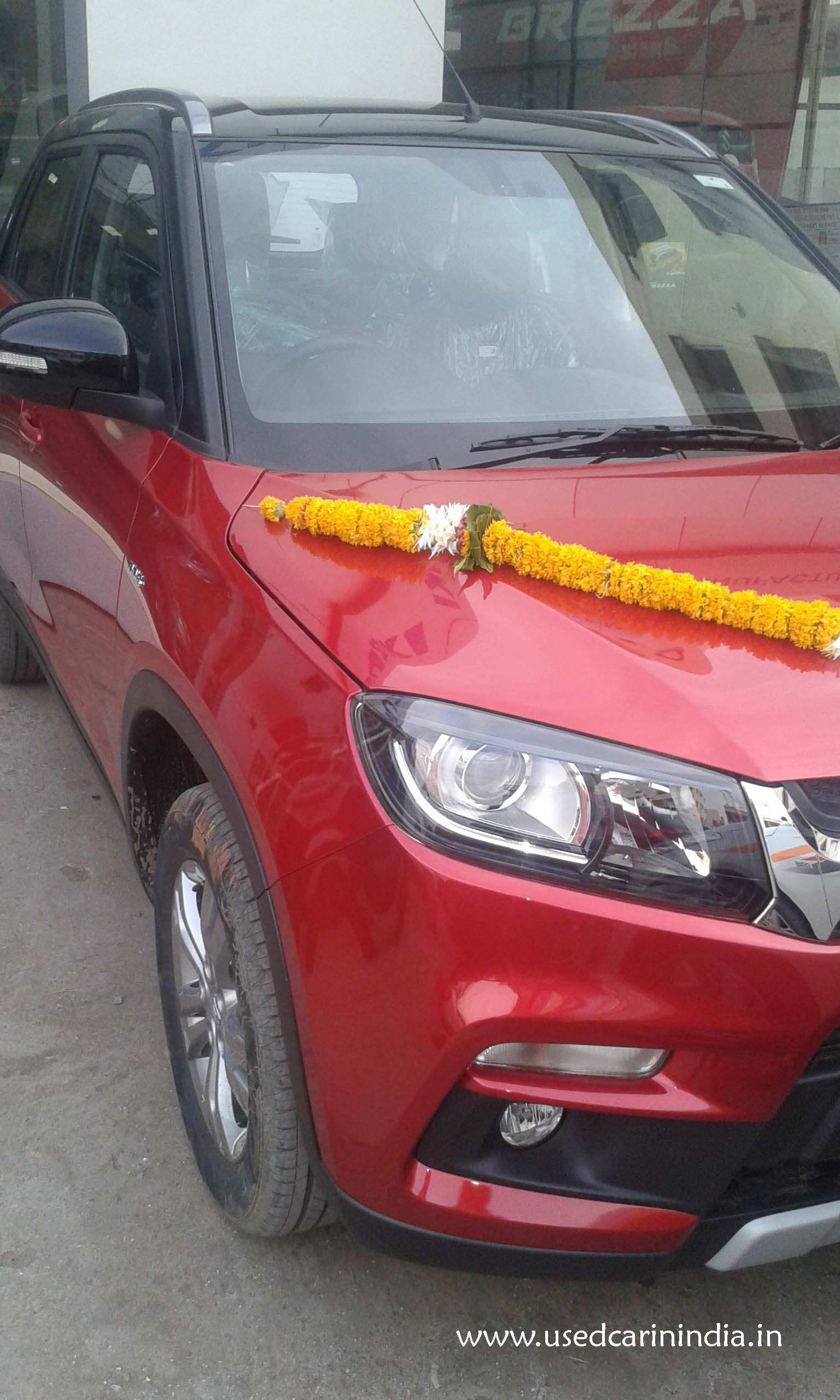Maruti Vitara Red car_11