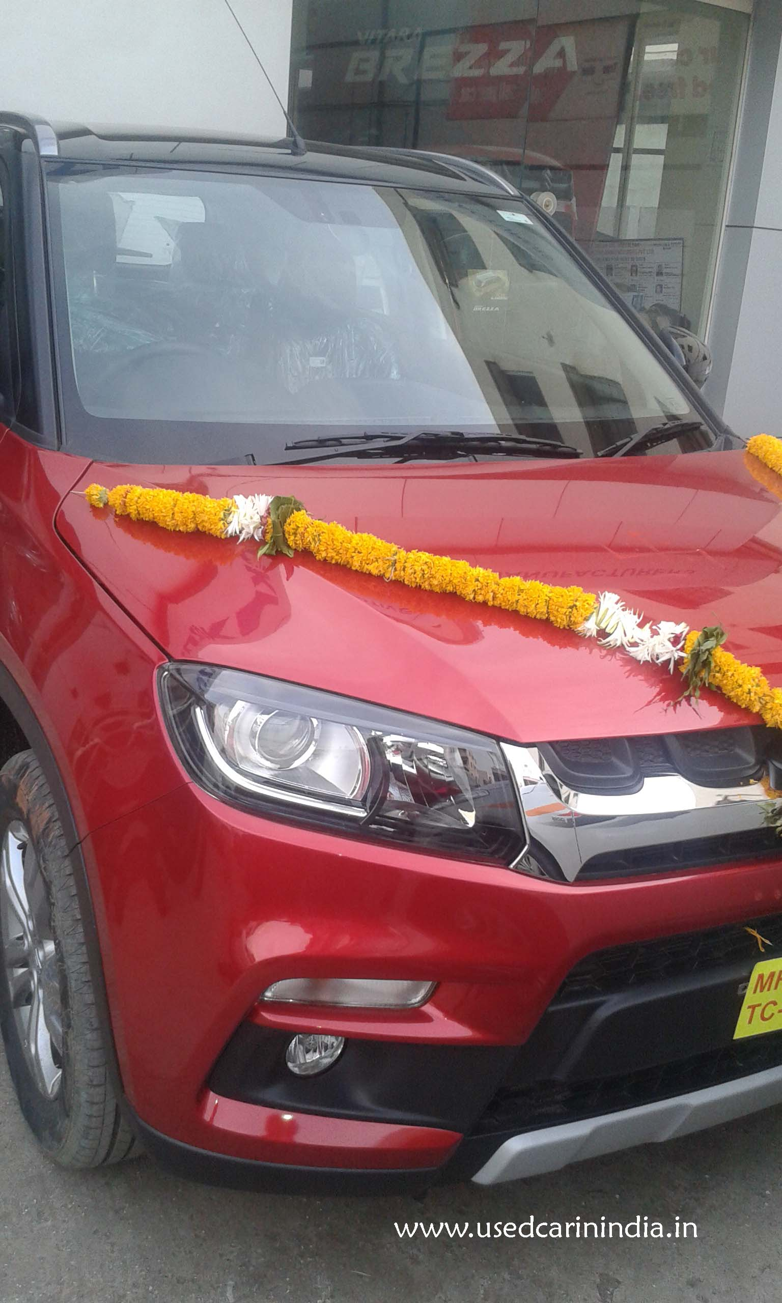 Maruti Vitara Red car_12