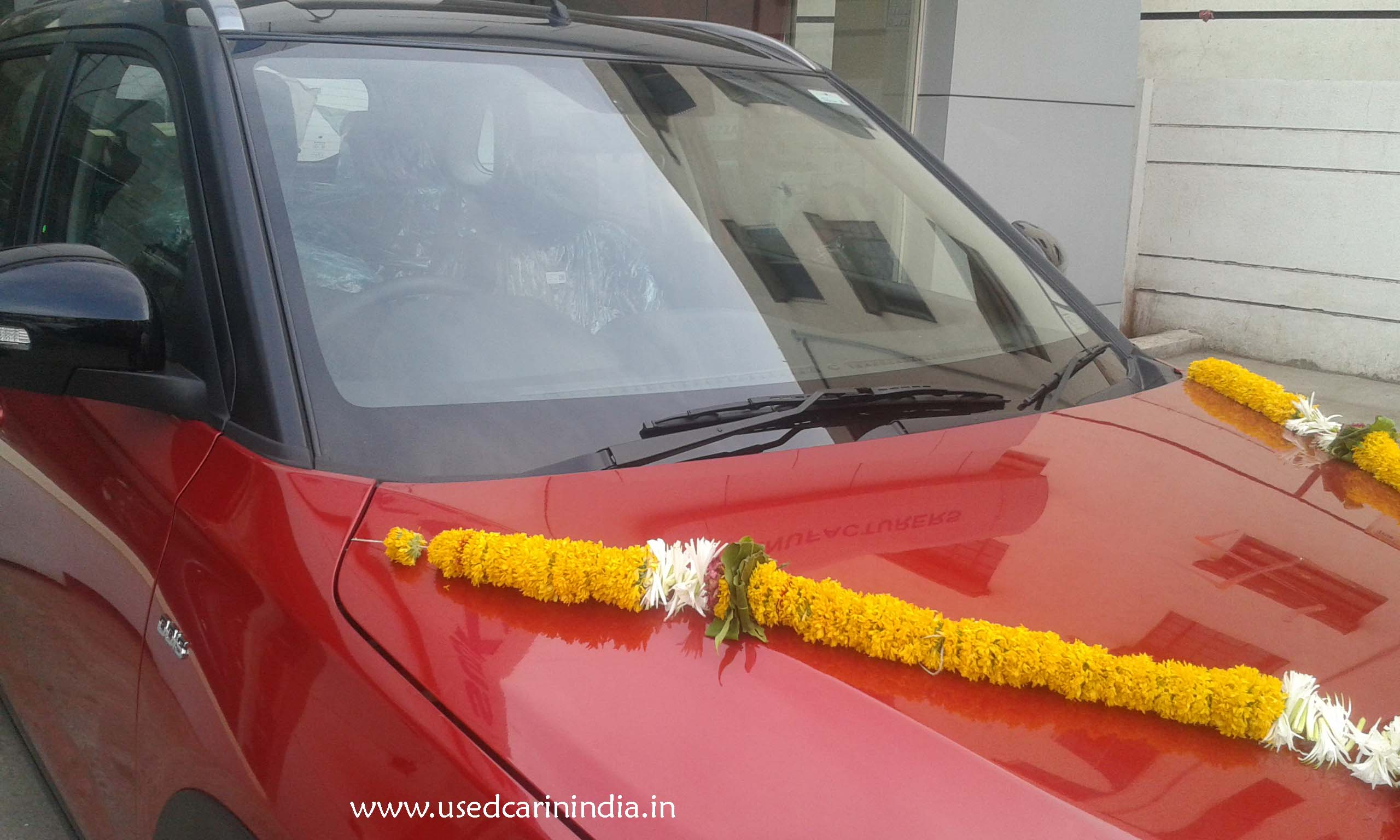 Maruti Vitara Red car_14