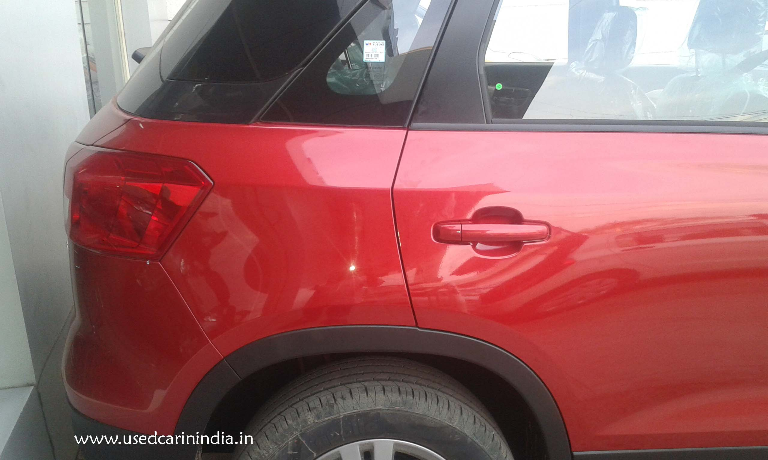 Maruti Vitara Red car_6