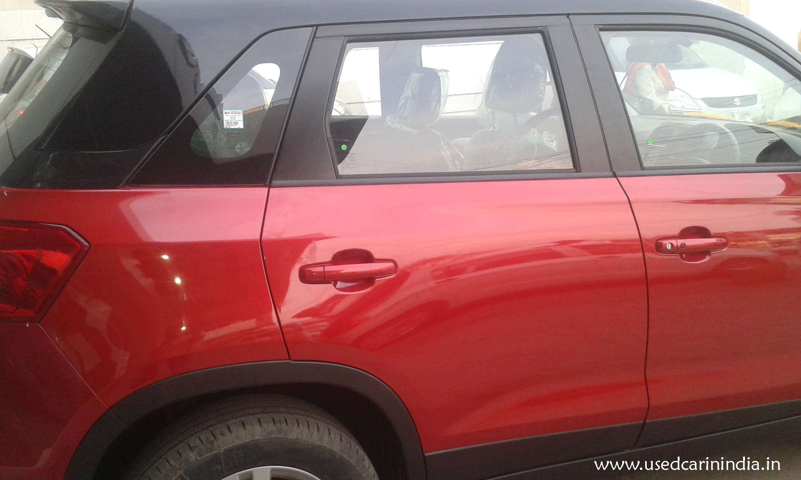 Maruti Vitara Red car_7