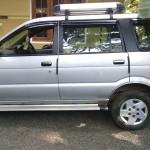Chevrolet Tavera Neo 2 vehicle